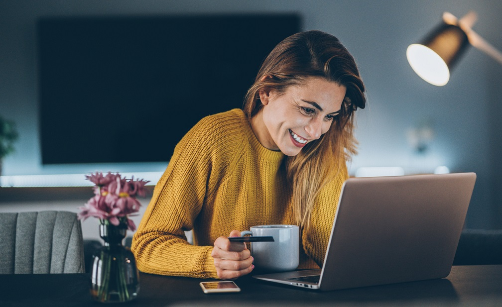 Online shopper easily going through a sales funnel