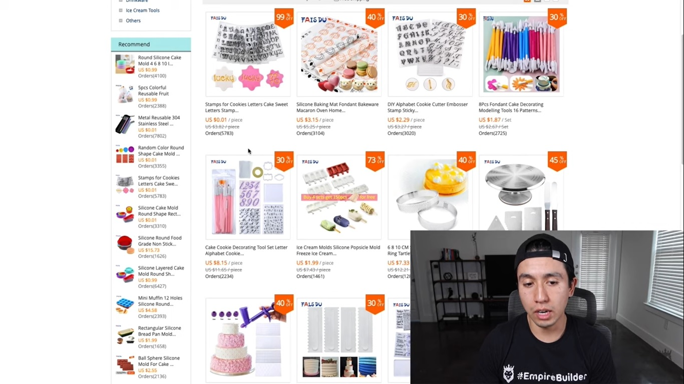 Arturo showing how to find products on AliExpress after researching product ideas